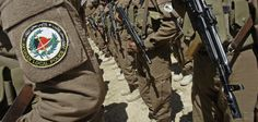 100 polisi Afghan bergabung dengan Mujahidin IIA di Uruzgan  URUZGAN (Arrahmah.com) - Sebanyak 100 polisi Afghanistan di ibukota Tarinkot provinsi Uruzgan menyerahkan diri kepada Mujahidin Imarah Islam Afghanistan (IIA) menurut laporan yang dirilis Al-Emarah News pada Selasa (11/10/2016).  Laporan memaparkan bahwa para mantan polisi itu yang disambut hangat oleh Mujahidin menyerahkan 30 APC 15 ranger 18 sepeda motor 105 senjata ringan dan berat 150000 peluru dari berbagai senjata 2000 peluru…