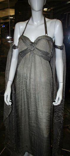 Daenerys Costume by amyr_81, via Flickr
