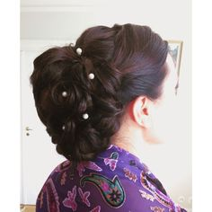 Bridal formal updo with extensions, by Kim Ikonen Jennings   @kimikonencreatives  Kim Ikonen Jennings ✨✨