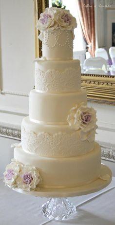 Prettty wedding cake