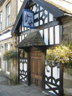 *English Pub - Stamford, Lincolnshire