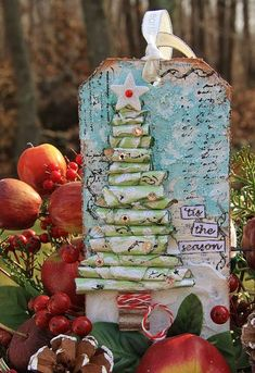 Mixed Media Christmas Tag for 12 Days of Christmas Project for Right at Home Scrapbooking