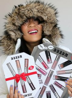 cool The Buxom Freezes Over 15-Piece Mini Lip Collection and 6 Degrees Below Sexy Plumping 6-Piece Mini Full-On Lip Polish Collection Sets