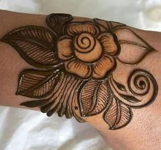 12 Issues About Easy Rose Henna Tattoo Designs You Have To Expertise It Your self Modern Mehndi Designs, Mehndi Design Pictures, Bridal Henna Designs, Mehndi Designs For Beginners, Henna Designs Easy, Mehndi Designs For Fingers, Beautiful Henna Designs, Dulhan Mehndi Designs, Latest Mehndi Designs