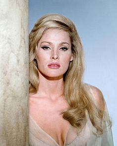 Actress ursula andress, starred as vesper lynd in the bond-parody casino royale andress co-starred with elvis presley in the 1963 musical film, Ursula Andress, Loren Sofia, Sophia Loren, Hollywood Actresses, Actors & Actresses, Classic Actresses, James Bond Girls, Berne, Non Plus Ultra