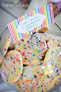 an easy recipe for cake batter sprinkle cookies made with cake mix and sprinkles #recipe #cookies #sprinkles