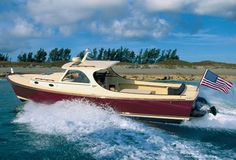 The History of Hinckley Yachts Chronicled in a Lush New Monograph Hinckley Boat, Hinckley Yachts, Deck Boat, Boat Dock, Jon Boat, Fishing Yachts, Fishing Boats, Yacht Design, Boat Design