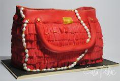 BAG / FONDANT CAKE
