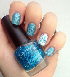 bluenails-glitters (1)