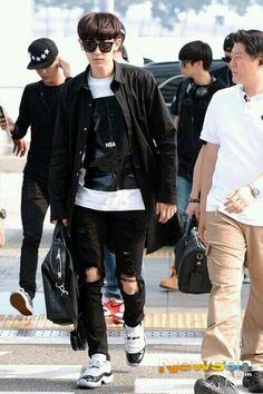 140610- EXO Park Chanyeol @ Incheon Airport > Changsha Airport #exok #fashion