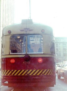 Toronto street car. An oldie...but screechy. I used to be a Toronto Tour Guide and gave tours on these and on large buses.  http://toronto.awesome-canada.com/ #toronto #canada