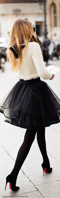 Nice black skirt, Street Style Miss Brit Millionairess off to meet the girls for a spot of lunch & retail therapy