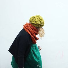 diEnes / Otherness. Crochet set of shawl and hat,