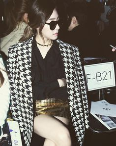 Check out SNSD Tiffany's photo updates from the Seoul Fashion Week ~ Wonderful Generation