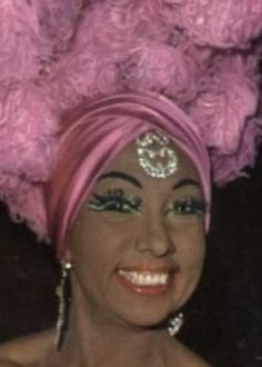 Josephine Baker, Cabaret, Beautiful Black Women, Black Beauty, Vintage Black, Champagne, Cocktails, Star, Fashion