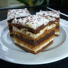 Chod: Zákusky a koláče - Page 11 of 254 - Mňamky-Recepty. Hungarian Desserts, Hungarian Recipes, Sweet Cookies, Sweet Treats, Torte Cake, Sweet And Salty, Winter Food, Cakes And More, Desert Recipes