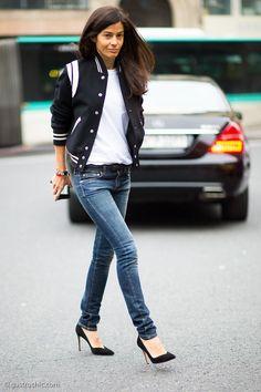 Klassiek, maar trendy met een jeans en een paar naaldhakken is het een vaste waarde. Gevonden op gastrochic.com