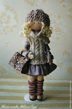 Одежда для кукол ручной работы. Ярмарка Мастеров - ручная работа Гардероб для куклы Иоланды. Кофты, шапочки, гетры.. Handmade.