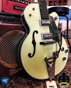 Gretsch G6118T Electric Guitar