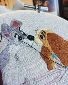 Diy Embroidery Designs, Hand Embroidery Art, Cross Stitch Art, Cross Stitch Patterns, Learning To Embroider, Stitches, Sewing Projects, Creations, Create