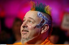Sportvantgarde's blog.: Darts: Peter Wright victorious again as Phil Taylo...