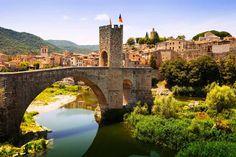 Besalú (Gerona) - Los pueblos más románticos de España