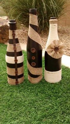 Turn empty wine bottles into DIY Chalkboard Painted Wine Bottles. Recycled Wine Bottles, Painted Wine Bottles, Bottles And Jars, Glass Bottles, Decorated Wine Bottles, Twine Wine Bottles, Wrapped Wine Bottles, Perfume Bottles, Glass Bottle Crafts