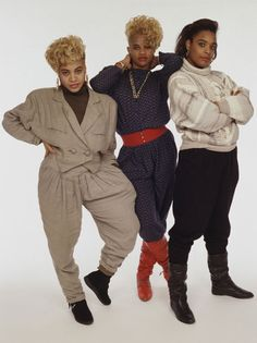 Dedicated to the fellow queens of Rap/Hip Hop! 80s And 90s Fashion, 90s Fashion Grunge, Hip Hop Fashion, 80s Hip Hop, Hip Hop And R&b, Rachel Green, Le Happy, Ugg Australia, Hipster Outfits