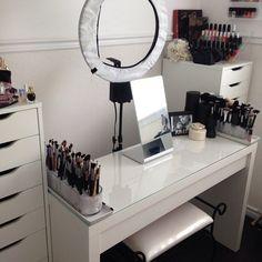 White Vanity | Makeup Organisation & Storage