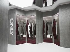 Retail Design | Store Interiors | Shop Design | Visual Merchandising | Retail Store Interior Design | Changing Rooms | ONLY store by Riis Retail, Oldenburg – Germany