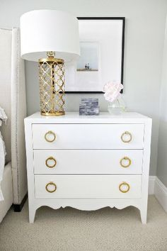 White and Gold | LUXURY MODERN NIGHTSTANDS TO YOUR BEDROOM DESIGN. SEE MORE AT http://www.homedesignideas.eu/luxury-modern-nightstands-bedroom-design/