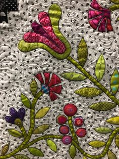 Stashbusting Garden by Michelle Marvig. Photo by Butterfly Threads: Sydney Quilt Show Handi Quilter, Single Quilt, Applique Quilts, Fabric Art, Sydney, Eye Candy, Butterfly, The Incredibles, Kids Rugs