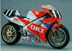 Honda RVF 750 Gardner-Doohan 8 Hours Suzuka 1991