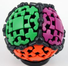 Gear Ball the smoothest turning puzzle ever made