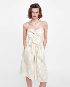 ZARA  STRIPED DRESS WITH KNOT 29.95€   1639/159