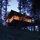 This gorgeous and cozy cabin retreat on Flathead Lake is located in Polson, Montana and designed by Andersson Wise Architects. Flathead Lake Montana, Cabana, Ideas De Cabina, Butterfly Roof, Bungalow, Wooden Cabins, Wooden House, Lake Cabins, Beach Cottages