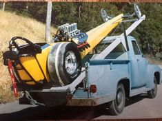 History - Drag cars in motion. Rat Rods, Toy Hauler Trailers, Nhra Drag Racing, Auto Racing, Top Fuel Dragster, Old Race Cars, Vintage Race Car, Diy Décoration, Drag Cars