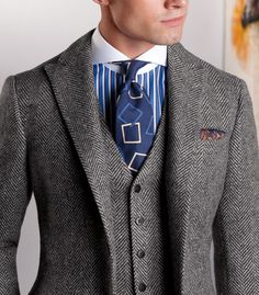Honestly not a fan of the shirt and tie but the suit is nice..   Paul Stuart - Lambswool Herringbone Phillip Suit