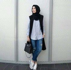 Hijab Casual, Ootd Hijab, Hijab Chic, Hijab Outfit, Casual Dresses, Street Hijab Fashion, Muslim Fashion, Girl Fashion, Fashion Outfits