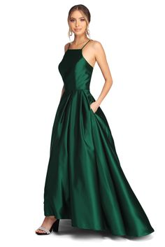 Find THE Windsor prom dress or prom gown best for you. Shop 2020 Prom dresses from long formal to short prom dresses with slits, one shoulder & sequins. Dark Green Prom Dresses, Emerald Green Bridesmaid Dresses, Emerald Dresses, Pretty Prom Dresses, Ball Dresses, Elegant Dresses, Beautiful Dresses, Ball Gowns, Emerald Green Dress Prom