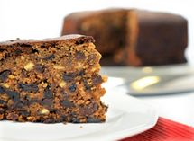 8 Steps to a Traditional British Rich Fruit Cake Baking Bowl, Mother Recipe, Cake Mixture, Irish Recipes, English Recipes, Thing 1, Mixed Fruit, Moist Cakes, English Food