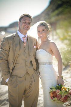 Photography: Miles Witt Boyer | Floral: Hana Floral Design | True Event | Watch Hill Wedding | Beach Wedding | Rhode Island Wedding | True Event Bride & Groom | www.trueevent.com http://stylemepretty.com/vault/gallery/12751