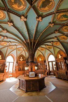 """Bibliotheca-Sanctus: """"La Biblioteca de Queens en el castillo de Marienburg, en la Baja Sajonia, Alemania. """""""