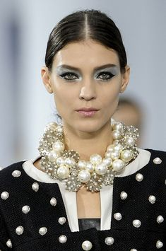 These are NOT the pearls we wore in the 60's!        Chanel, Spring  2013…
