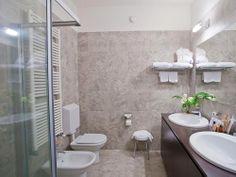Il bagno delle camere Estasi