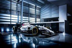 Cars - F1 : Williams Martini Racing dévoile la FW38 ! - http://lesvoitures.fr/f1-williams-martini-racing-devoile-la-fw38/