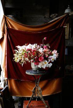 Saipua Flowers Brooklyn Dark Rustic Pink Red White: #fall #centerpiece #flowers