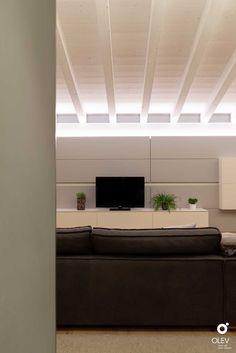Cove Lighting, Lighting Design, Black Barn, Attic Renovation, Light Architecture, Beams, Sweet Home, New Homes, House Design