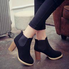 Resultado de imagen para botas de mujer cortas