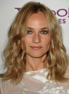 diane kruger hair | Diane Kruger wearing waves hairstyle arrives at the 4th Annual Kirk ...